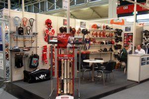 An Overview of the Major Softball Glove Brands